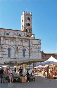 Mercato antiquario di Lucca