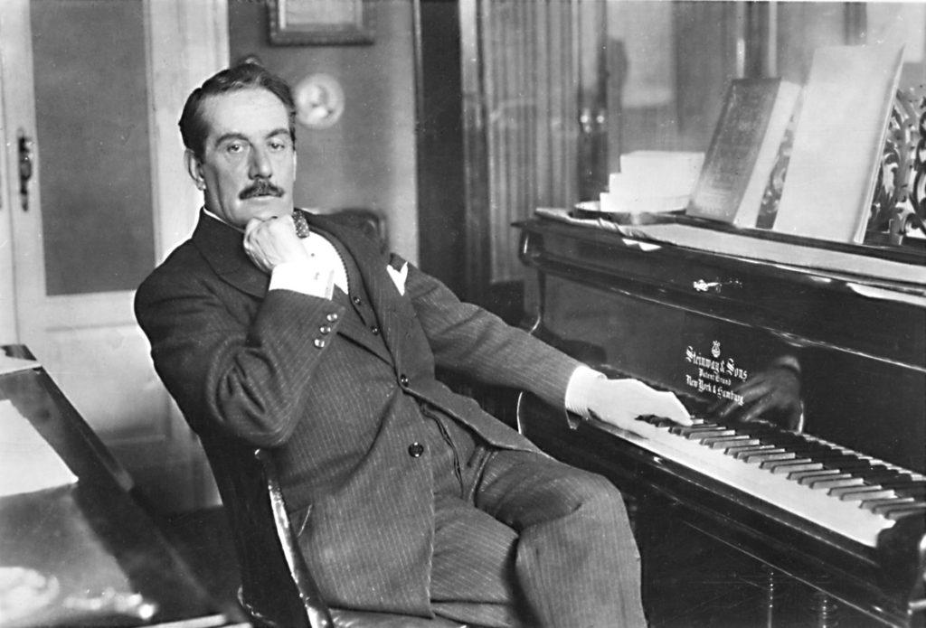 Puccini con il suo pianoforte steinway sons