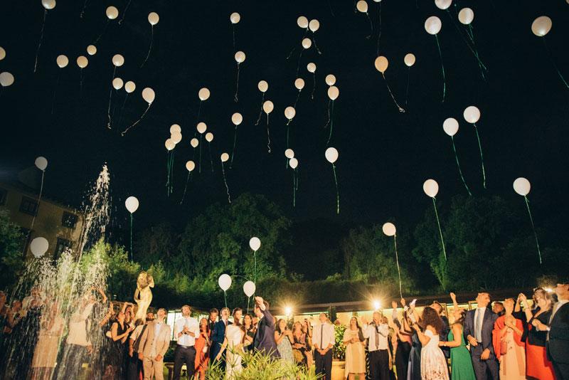 Matrimonio festoso a Villa Bernardini